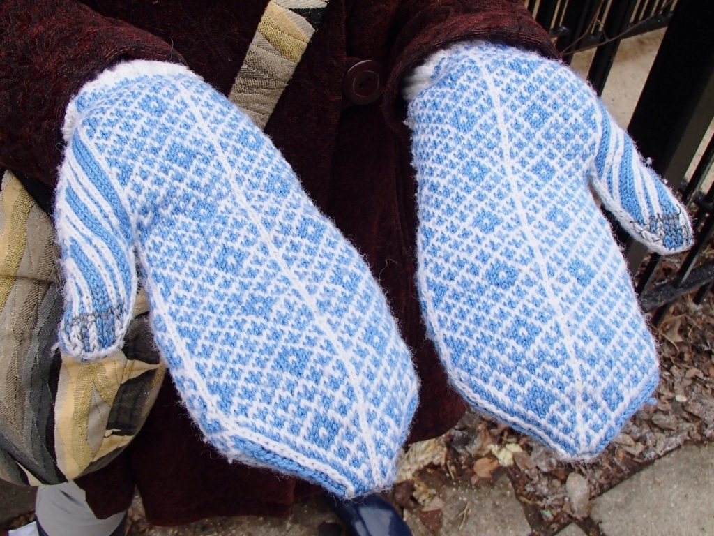 Palms of the Chawton Mittens